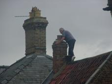 Series of photos showing man on a roof without scaffolding